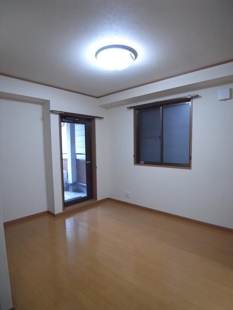 物件番号: 1025869088 リーフハイツ  神戸市中央区雲井通3丁目 1LDK マンション 画像2