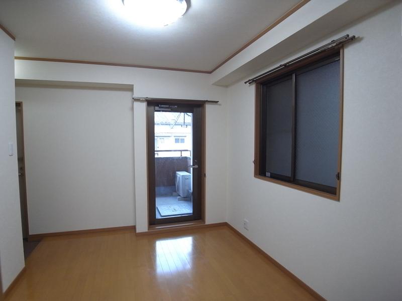 物件番号: 1025884190 リーフハイツ999  神戸市中央区雲井通3丁目 1LDK マンション 画像15