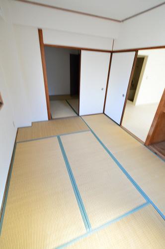 物件番号: 1025870549 ロイヤル中山手  神戸市中央区中山手通7丁目 2DK マンション 画像5