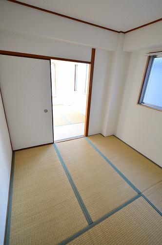 物件番号: 1025870549 ロイヤル中山手  神戸市中央区中山手通7丁目 2DK マンション 画像6