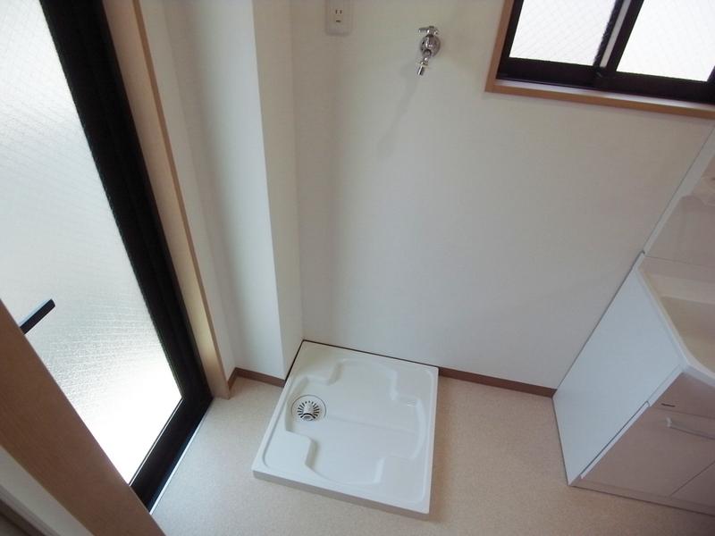 物件番号: 1025870572 南本町リーフハイツ  神戸市中央区南本町通5丁目 1R マンション 画像8