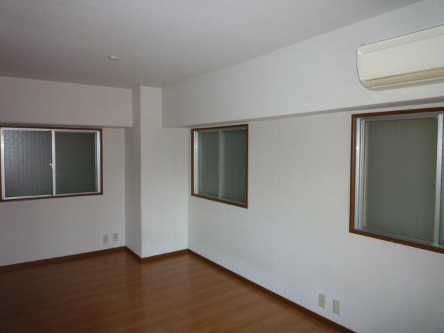 物件番号: 1025872795 甲南第5サンコーポラス  神戸市兵庫区新開地3丁目 1R マンション 画像4