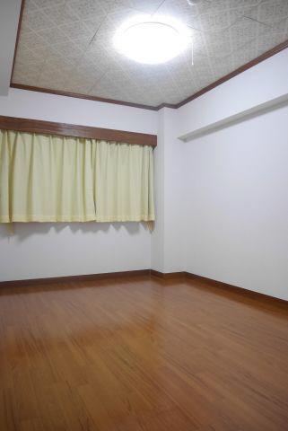 物件番号: 1025873556 ユートピア諏訪山  神戸市中央区山本通4丁目 3LDK マンション 画像6