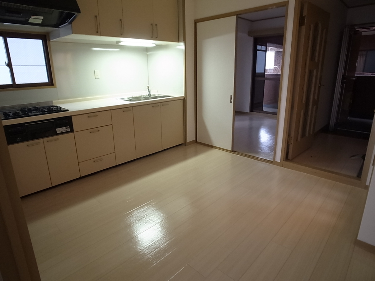 物件番号: 1025875082 セントラルハイツ神戸  神戸市兵庫区西橘通1丁目 3DK マンション 画像1