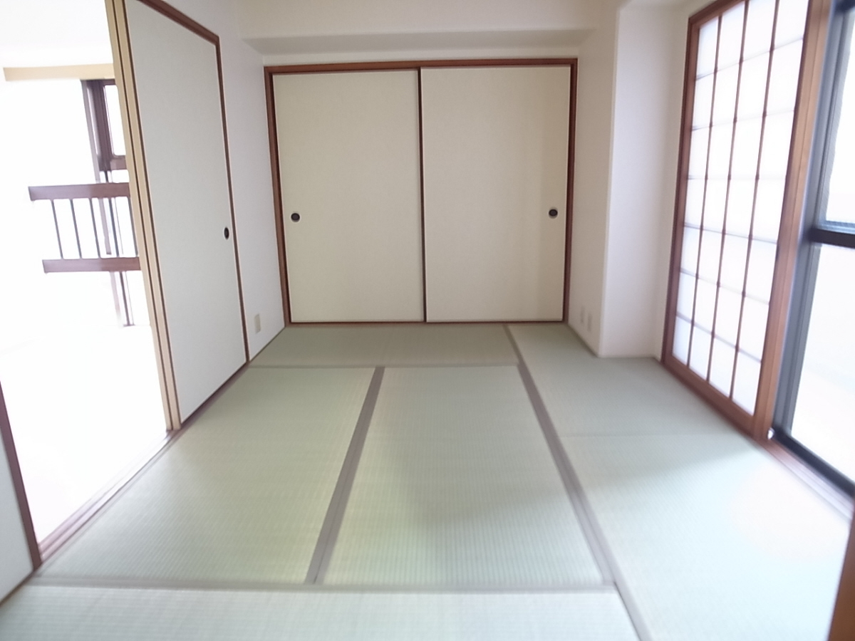 物件番号: 1025875082 セントラルハイツ神戸  神戸市兵庫区西橘通1丁目 3DK マンション 画像2