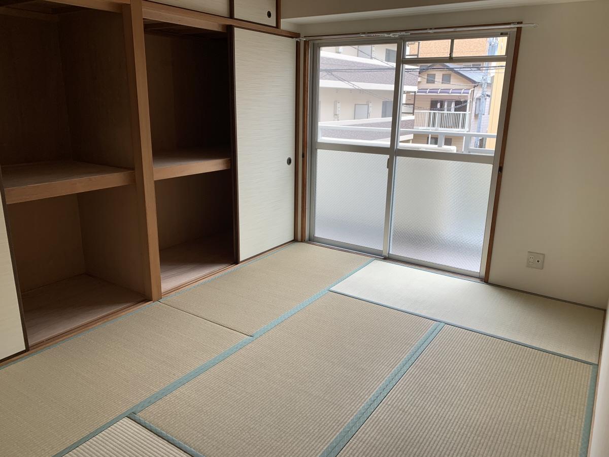 物件番号: 1025883317 グランドハイツ岸本  神戸市中央区日暮通1丁目 2DK マンション 画像7