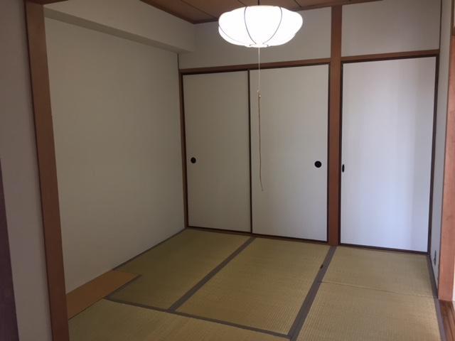 物件番号: 1025882005 北野ロイヤルハイツ  神戸市中央区北野町4丁目 3LDK マンション 画像2