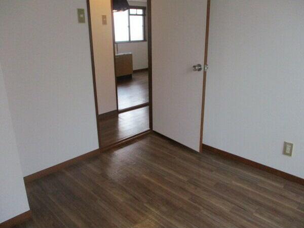物件番号: 1025882230 永光ビルディング熊内橋  神戸市中央区熊内橋通3丁目 2DK マンション 画像3