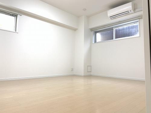 物件番号: 1025882749 佳山ビル  神戸市中央区栄町通5丁目 1LDK マンション 画像3