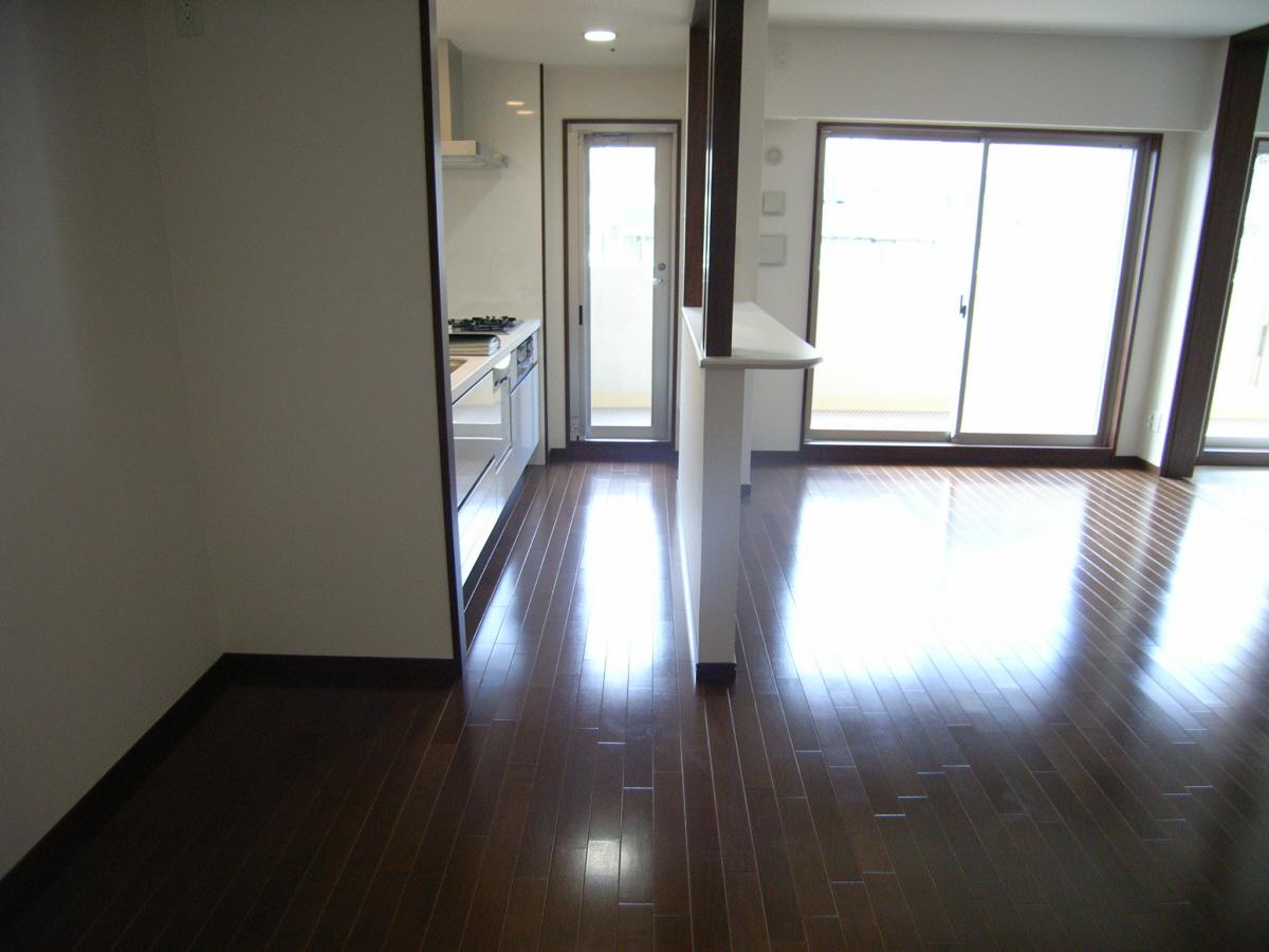 物件番号: 1025883268 プレジール三宮Ⅱ  神戸市中央区加納町2丁目 3LDK マンション 画像9