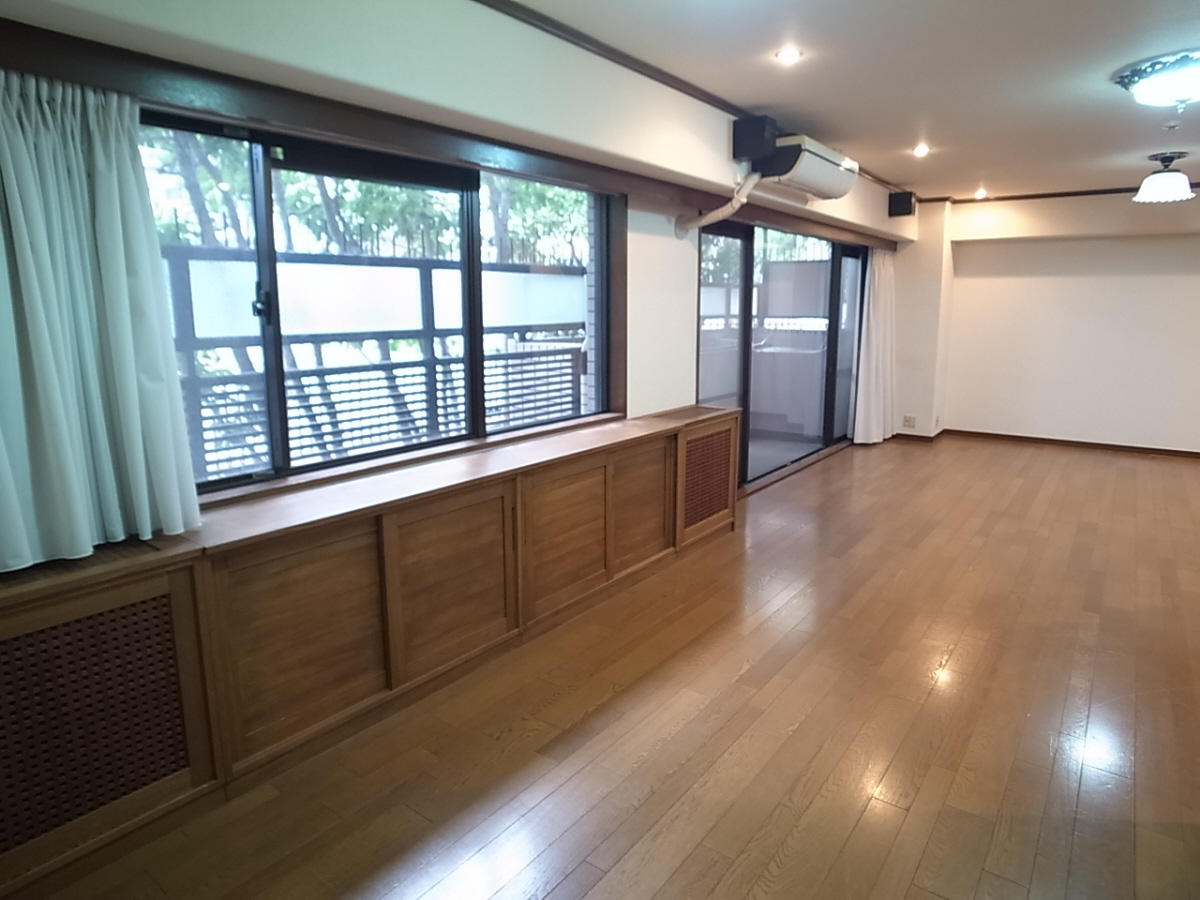 物件番号: 1025883342 ライオンズマンション相楽園  神戸市中央区山本通4丁目 3LDK マンション 画像2