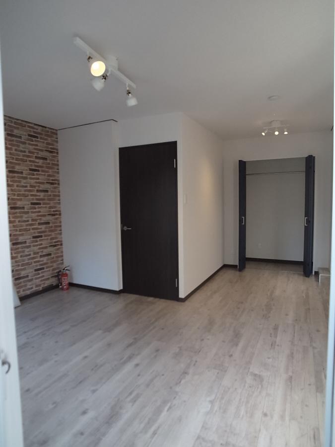 物件番号: 1025883343 ラジマンション  神戸市中央区山本通2丁目 2DK マンション 画像3