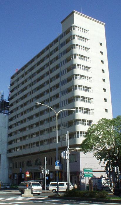 物件番号: 1025883843 中山手コーポ  神戸市中央区中山手通2丁目 2LDK マンション 外観画像