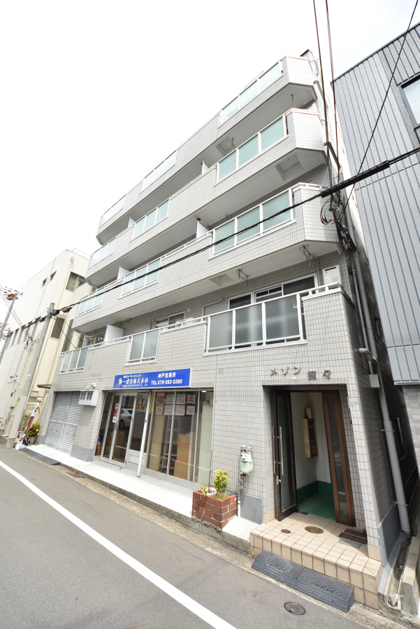 物件番号: 1025883943 メゾン楠々  神戸市中央区楠町1丁目 1DK マンション 外観画像