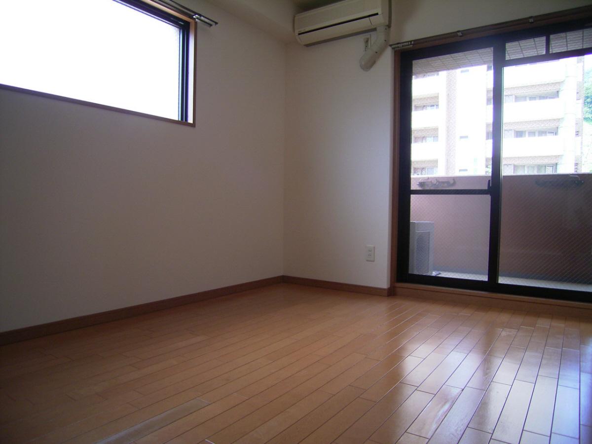 物件番号: 1025883948 プレサンス新神戸  神戸市中央区布引町2丁目 1DK マンション 画像1
