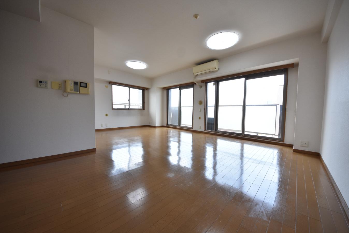 物件番号: 1025884045 ローレル・トアスクエア  神戸市中央区中山手通2丁目 1SLDK マンション 画像2