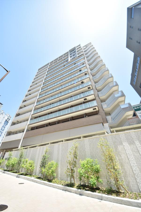 プレサンスジェネ新神戸ステーションフロント 303の外観