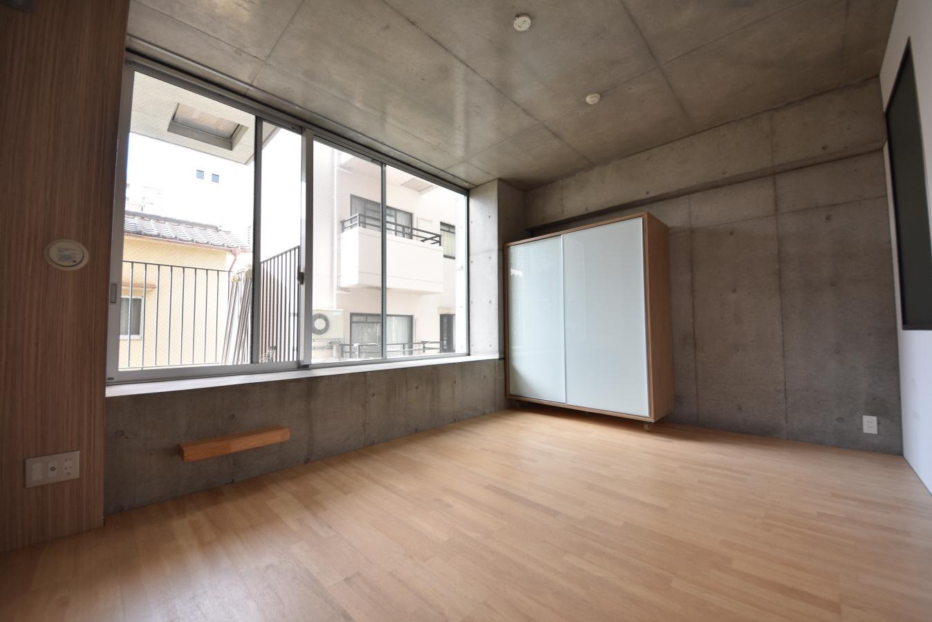 物件番号: 1025884063 East Village SANNOMIYA  神戸市中央区琴ノ緒町4丁目 1R マンション 画像1