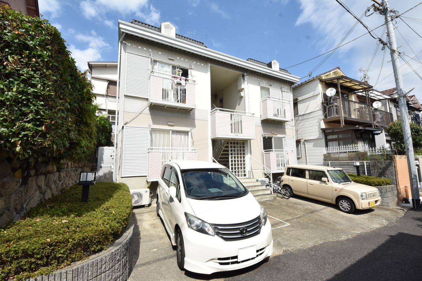 物件番号: 1025884074 六甲シティハイツ  神戸市灘区赤坂通2丁目 1DK ハイツ 外観画像