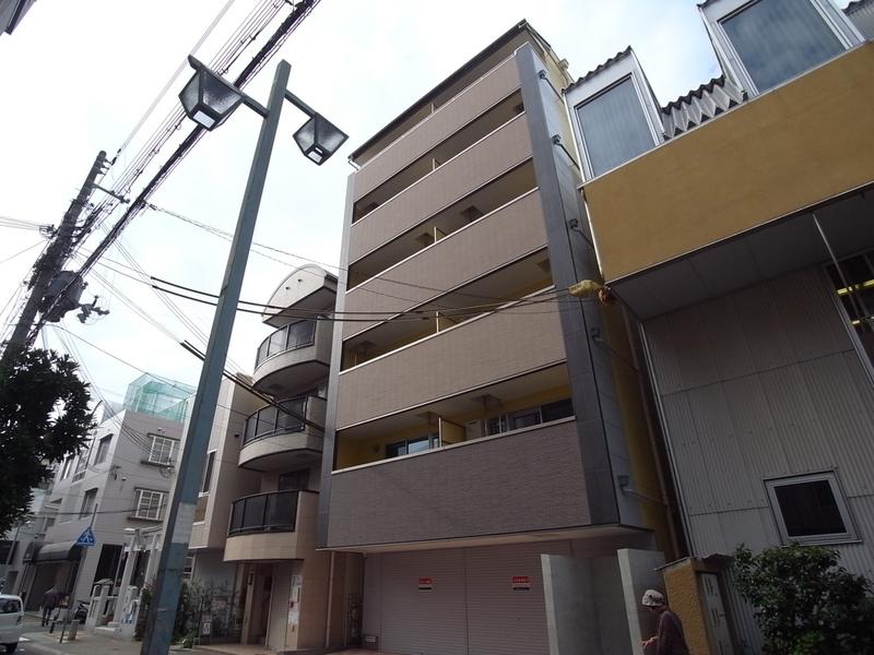 物件番号: 1025867572 Wohl gefallen~ヴォール ゲファレン~  神戸市中央区山本通1丁目 1R マンション 外観画像