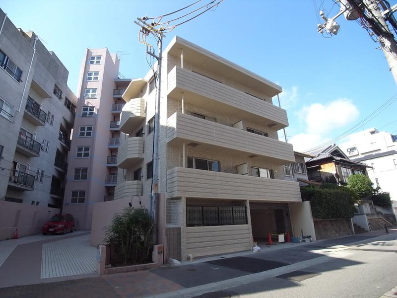 物件番号: 1025872438 メゾン ボヌール  神戸市中央区山本通4丁目 1LDK マンション 外観画像