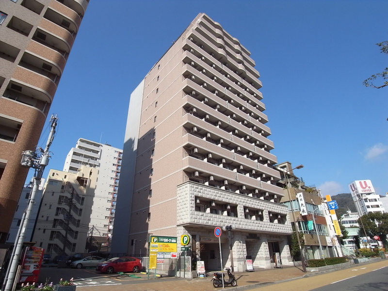 物件番号: 1025883917 ロイヤルヒル神戸三ノ宮  神戸市中央区加納町3丁目 1K マンション 外観画像