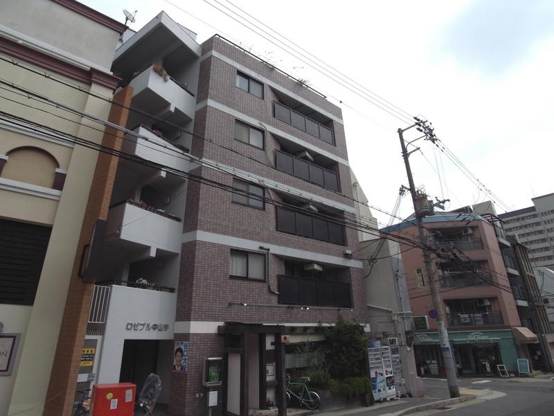 物件番号: 1025810662 ロゼブル中山手  神戸市中央区中山手通2丁目 2DK マンション 外観画像