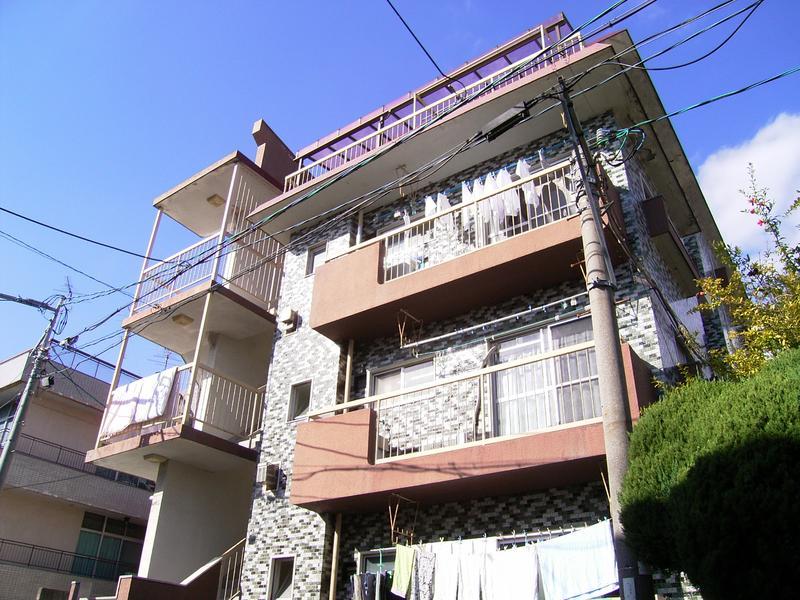 物件番号: 1025815393 雲中マンション  神戸市中央区熊内町2丁目 2DK マンション 外観画像