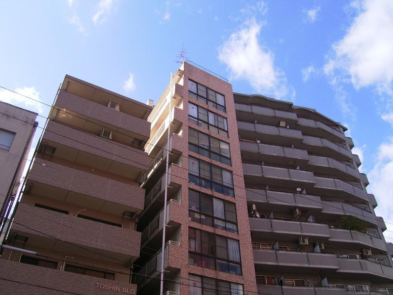 物件番号: 1025882294 鯉川マンション  神戸市中央区下山手通4丁目 1LDK マンション 外観画像