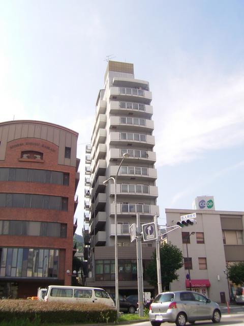 物件番号: 1025856901 グランドメゾン中山手  神戸市中央区中山手通4丁目 3LDK マンション 外観画像