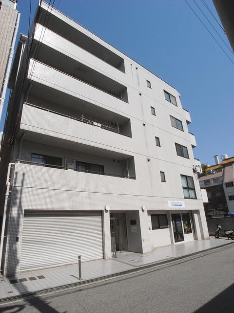 Apartments大倉山 303の外観