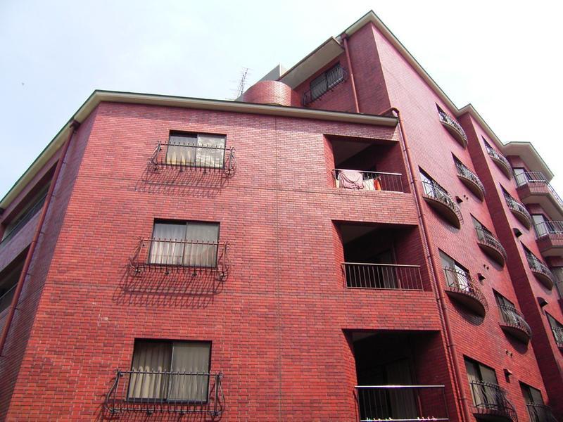 物件番号: 1025806812 北野タウンハウス  神戸市中央区山本通3丁目 3LDK マンション 外観画像