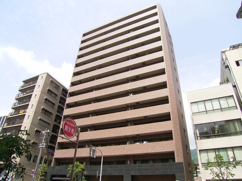 物件番号: 1025865407 リーガル神戸下山手  神戸市中央区下山手通3丁目 1LDK マンション 外観画像