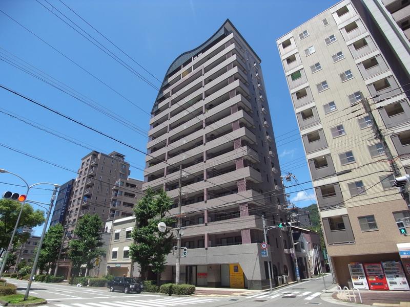 物件番号: 1025875647 ソナーレ新神戸  神戸市中央区二宮町2丁目 3LDK マンション 外観画像