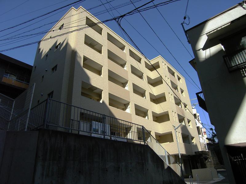 物件番号: 1025814197 ウォームスヴィル神戸元町JP  神戸市中央区花隈町 1K マンション 外観画像