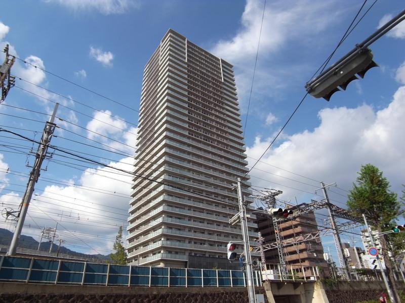 ワコーレ神戸灘タワー 2105の外観