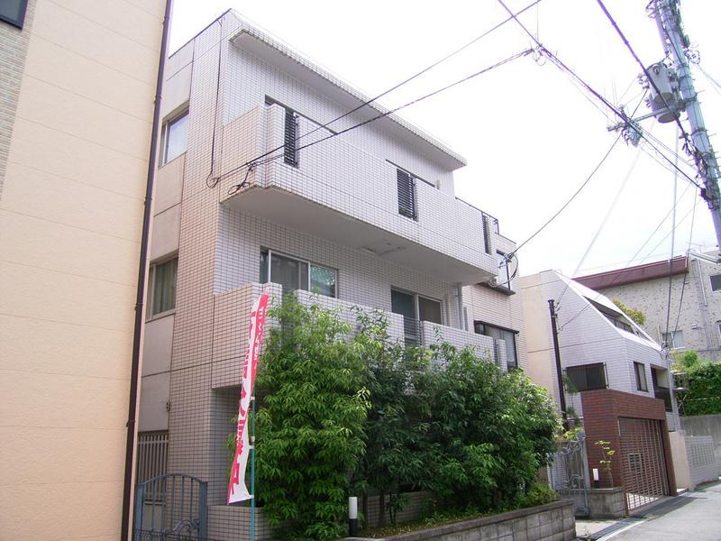 物件番号: 1025870787 グリーンハイツキシモト  神戸市中央区山本通4丁目 2LDK マンション 外観画像