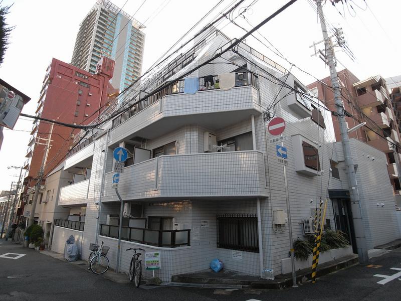 ライオンズマンション新神戸 201の外観