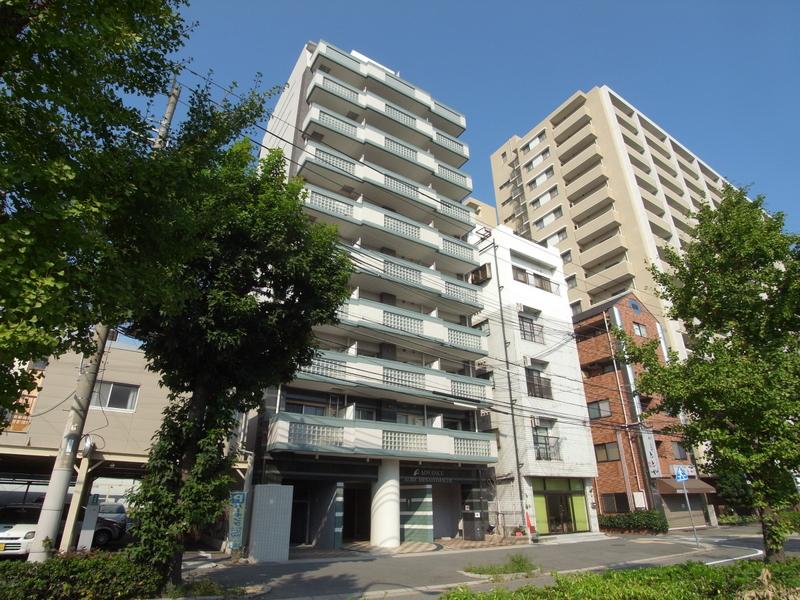 アドバンス神戸湊町 201の外観