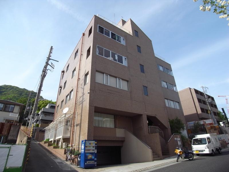 物件番号: 1025834277 サンビルダー黄能ハウス  神戸市中央区北野町2丁目 1LDK マンション 外観画像