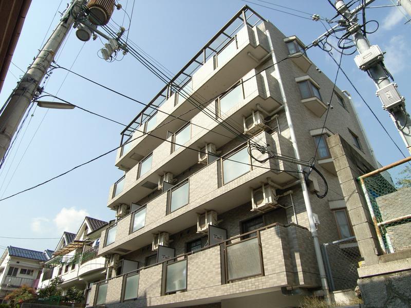 物件番号: 1025800095 ベルフォーレ上筒井  神戸市中央区上筒井通6丁目 1K マンション 外観画像