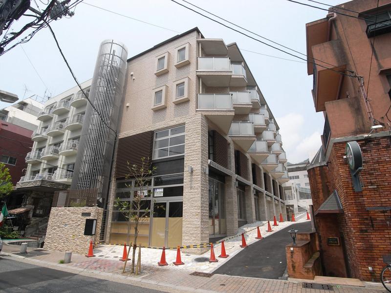 物件番号: 1025867040 アンリーヴ北野  神戸市中央区山本通2丁目 1K マンション 外観画像