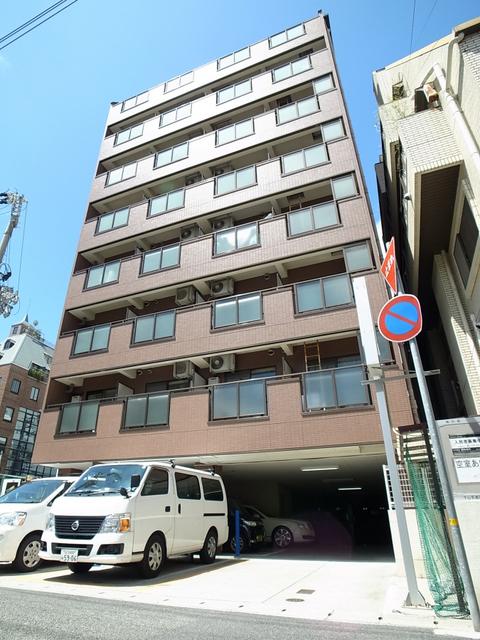 物件番号: 1025866850  神戸市中央区下山手通4丁目 1DK マンション 外観画像