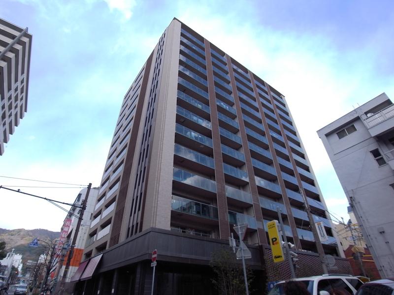物件番号: 1025849071 ザ・パークハウス神戸トアロード  神戸市中央区中山手通2丁目 1R マンション 外観画像