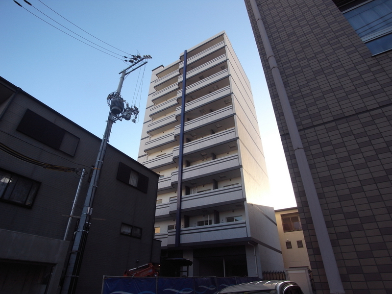 物件番号: 1025853219 アドバンス三宮Ⅵクレスト  神戸市中央区八雲通6丁目 1K マンション 外観画像