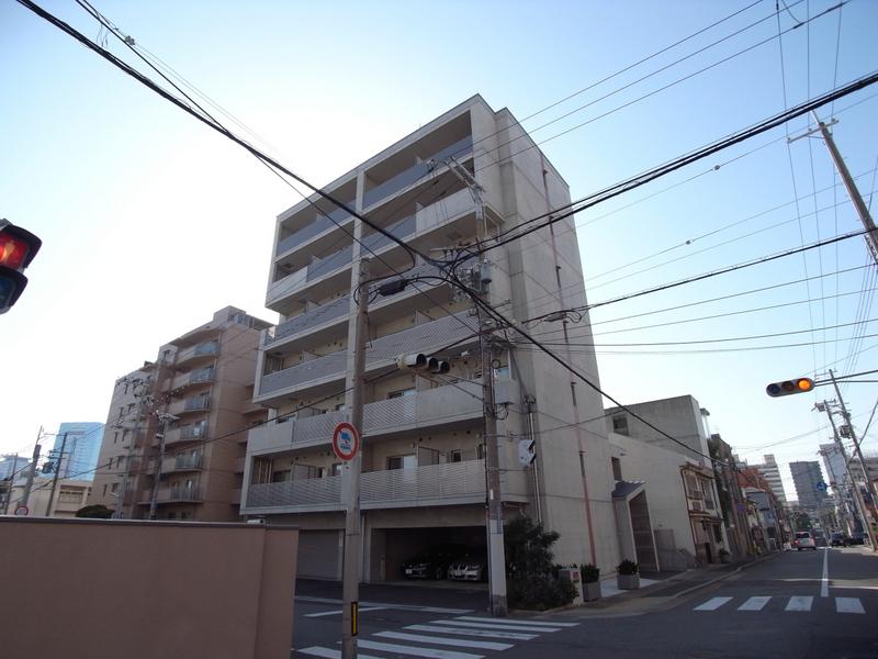 物件番号: 1025854104 g+  神戸市中央区下山手通8丁目 1DK マンション 外観画像